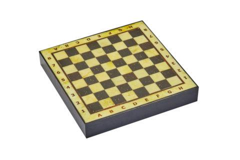 Шахматная коробка с доской малая (дуб) 25*25 Амберрегион