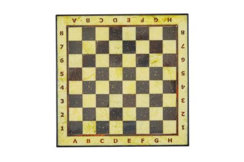 Шахматная коробка с доской малая (дуб) 25*25 yantar18