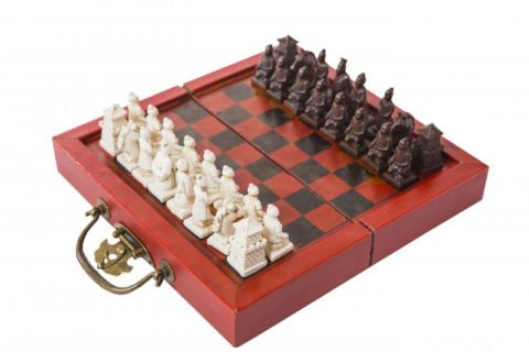 "Шахматы ""Династия Цинь"" в кейсе ax003"