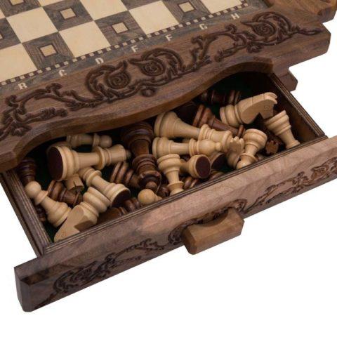 Шахматы резные в ларце 40 с ящиками Avetyan