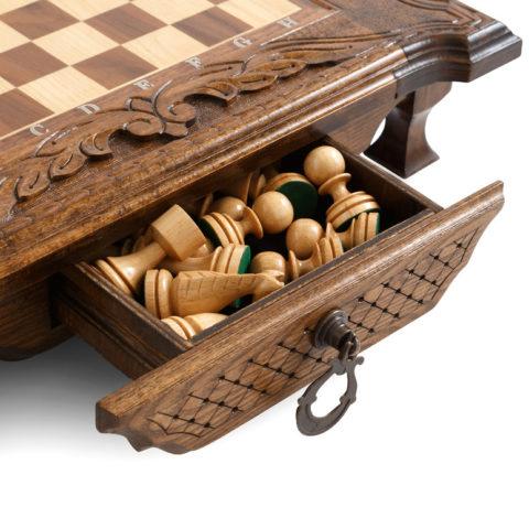 Шахматы резные в ларце с ящиками 50