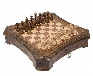 Шахматы резные восьмиугольные в ларце с ящиками 50