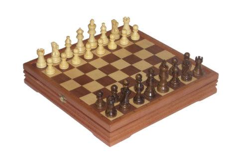 Шахматы + шашки деревянные 37х37 см RTA-3503